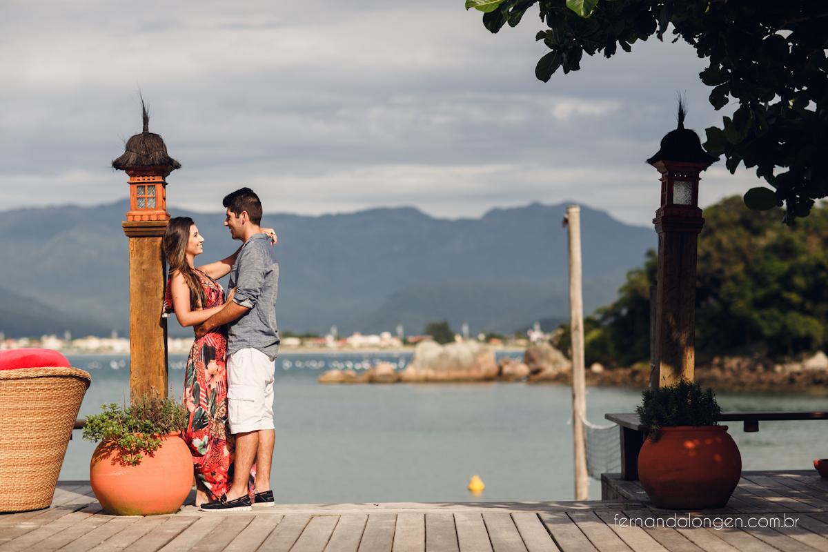 Ilha do Papagaio Ensaio Fotografico Pre Casamento Noivos Nascer do Sol Guarda do Embaú Casal Thayssa e Lucas Fotografo Casamento Fernando Longen Wedding Photographer (26)