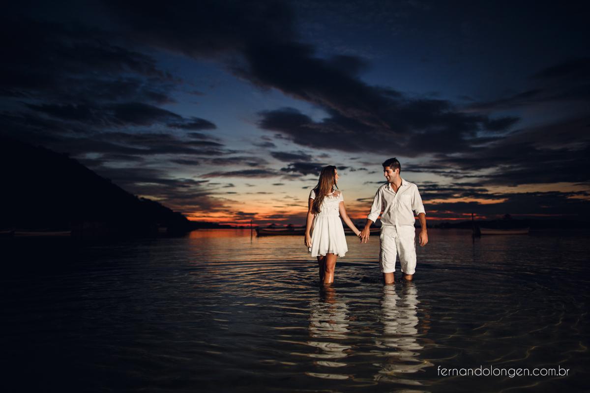 Ilha do Papagaio Ensaio Fotografico Pre Casamento Noivos Nascer do Sol Guarda do Embaú Casal Thayssa e Lucas Fotografo Casamento Fernando Longen Wedding Photographer (3)