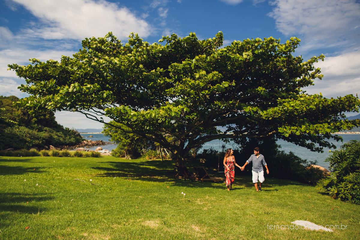 Ilha do Papagaio Ensaio Fotografico Pre Casamento Noivos Nascer do Sol Guarda do Embaú Casal Thayssa e Lucas Fotografo Casamento Fernando Longen Wedding Photographer (38)