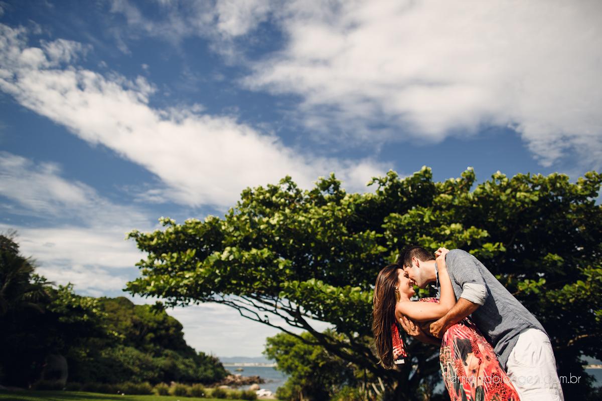 Ilha do Papagaio Ensaio Fotografico Pre Casamento Noivos Nascer do Sol Guarda do Embaú Casal Thayssa e Lucas Fotografo Casamento Fernando Longen Wedding Photographer (39)