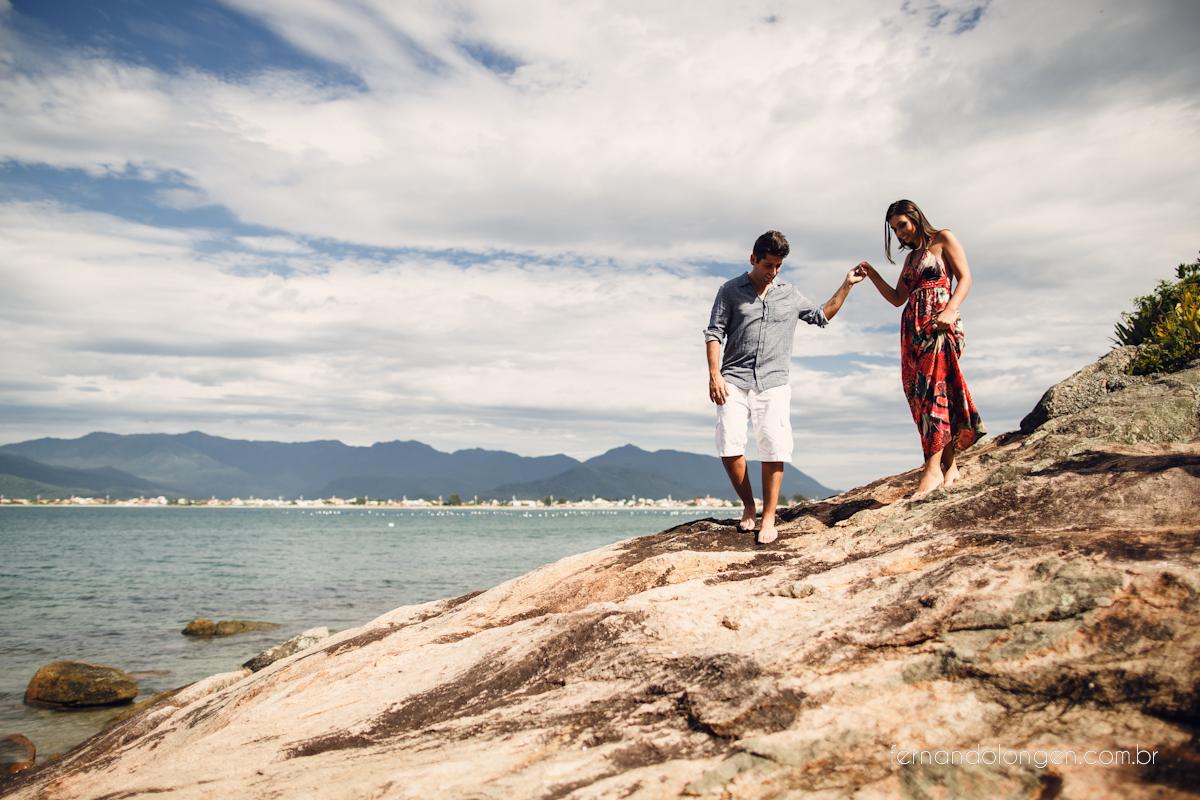 Ilha do Papagaio Ensaio Fotografico Pre Casamento Noivos Nascer do Sol Guarda do Embaú Casal Thayssa e Lucas Fotografo Casamento Fernando Longen Wedding Photographer (40)