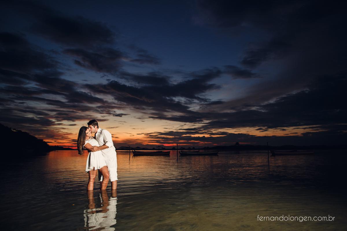 Ilha do Papagaio Ensaio Fotografico Pre Casamento Noivos Nascer do Sol Guarda do Embaú Casal Thayssa e Lucas Fotografo Casamento Fernando Longen Wedding Photographer (5)