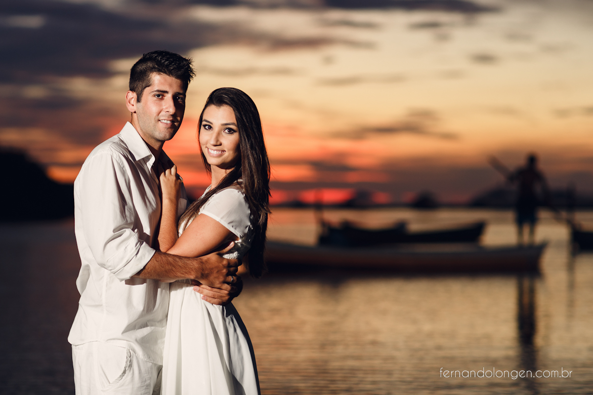 Ilha do Papagaio Ensaio Fotografico Pre Casamento Noivos Nascer do Sol Guarda do Embaú Casal Thayssa e Lucas Fotografo Casamento Fernando Longen Wedding Photographer (8)