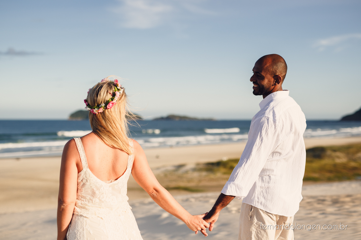 Fernando Longen Fotografo de Casamento em Florianópolis Ensaio Pré Casamento Noivos Casal Vanessa e Alessandro Praia Ceú Azul Por do Sol em Floripa (17)