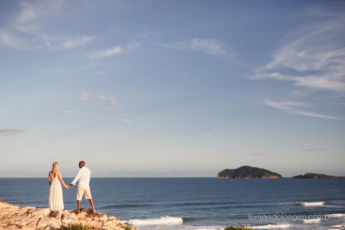 Fernando Longen Fotografo de Casamento em Florianópolis Ensaio Pré Casamento Noivos Casal Vanessa e Alessandro Praia Ceú Azul Por do Sol em Floripa (22)