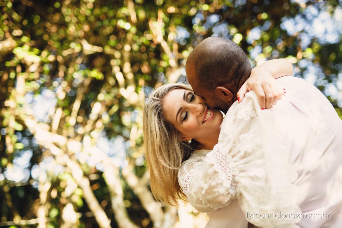 Fernando Longen Fotografo de Casamento em Florianópolis Ensaio Pré Casamento Noivos Casal Vanessa e Alessandro Praia Ceú Azul Por do Sol em Floripa (4)