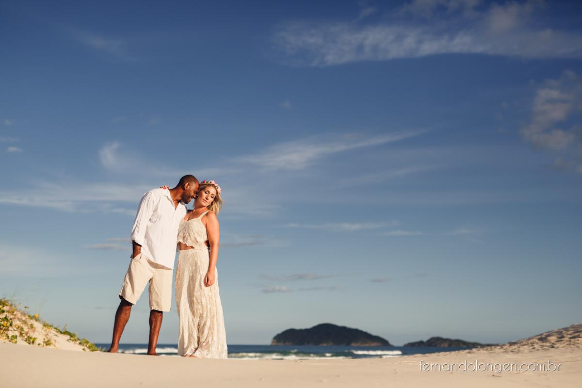 Fernando Longen Fotografo de Casamento em Florianópolis Ensaio Pré Casamento Noivos Casal Vanessa e Alessandro Praia Ceú Azul Por do Sol em Floripa (7)