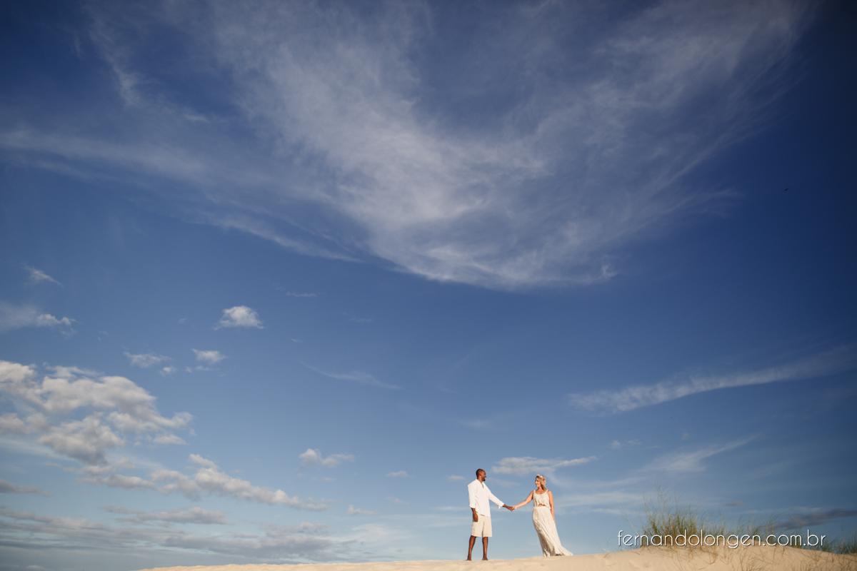 Fernando Longen Fotografo de Casamento em Florianópolis Ensaio Pré Casamento Noivos Casal Vanessa e Alessandro Praia Ceú Azul Por do Sol em Floripa (9)