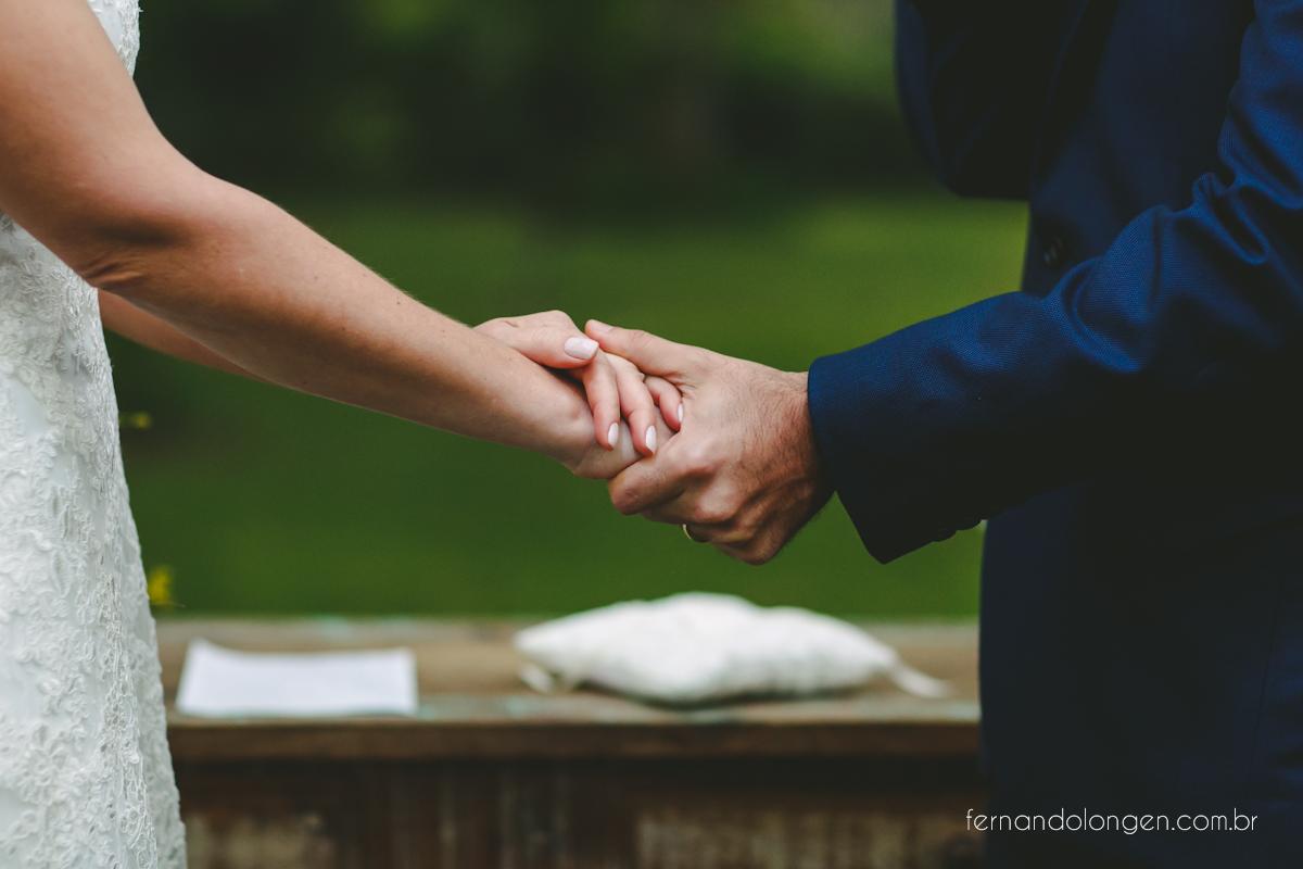casamento-de-dia-em-florianopolis-hotel-antares-lagoinha-noivos-renata-e-marcio-leal-ventura-cerimonial-fotografo-fernando-longen-46