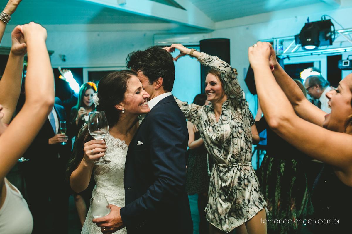 casamento-de-dia-em-florianopolis-hotel-antares-lagoinha-noivos-renata-e-marcio-leal-ventura-cerimonial-fotografo-fernando-longen-55