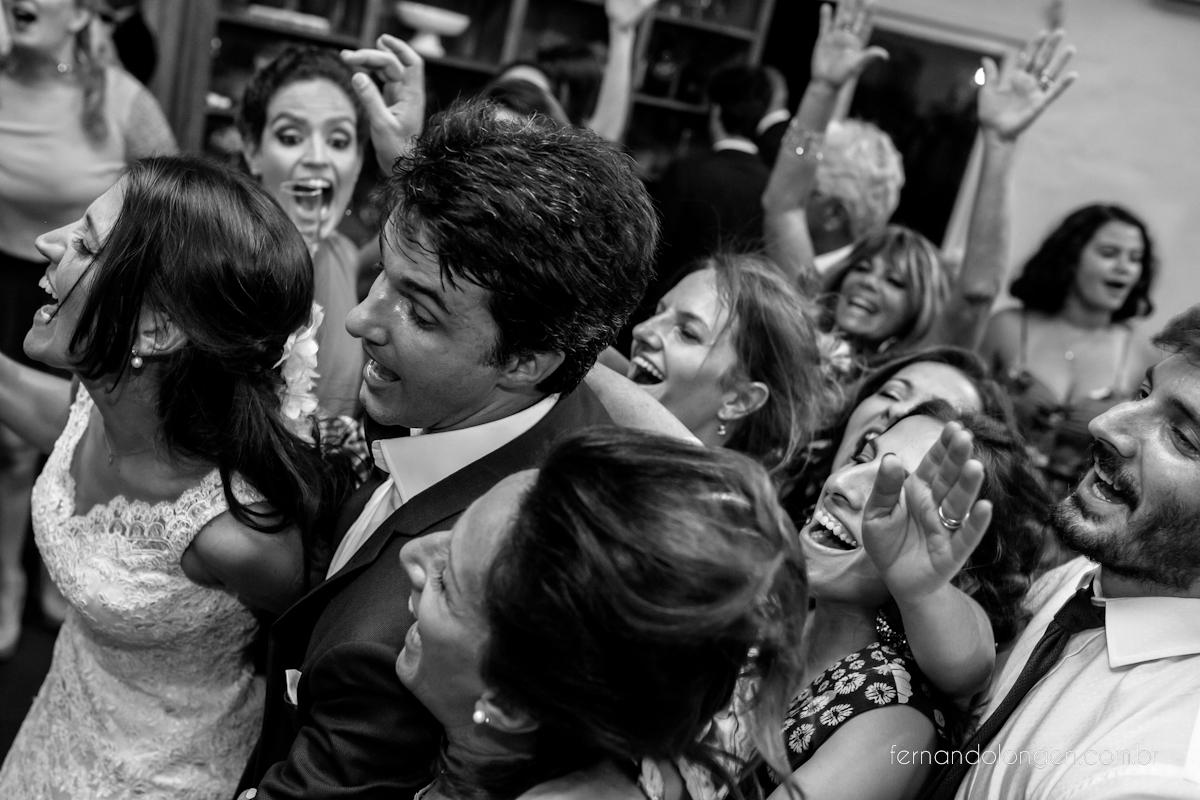 casamento-de-dia-em-florianopolis-hotel-antares-lagoinha-noivos-renata-e-marcio-leal-ventura-cerimonial-fotografo-fernando-longen-56