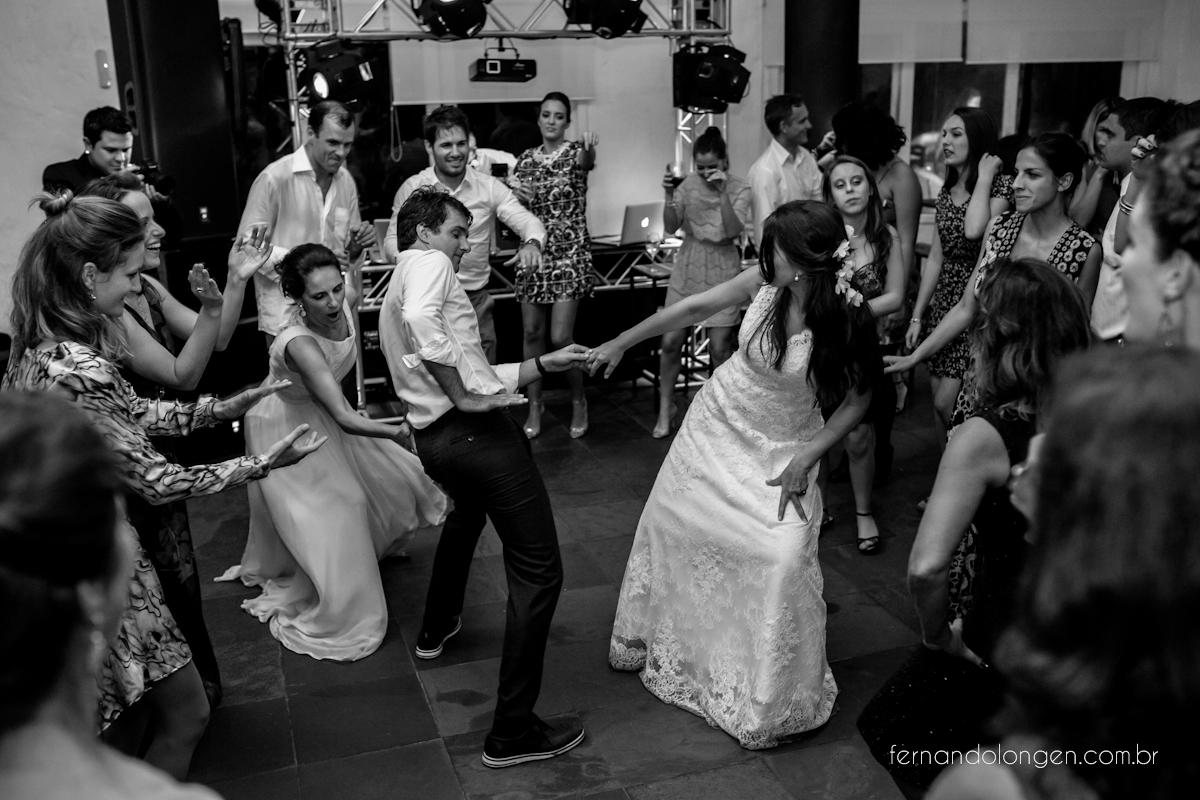 casamento-de-dia-em-florianopolis-hotel-antares-lagoinha-noivos-renata-e-marcio-leal-ventura-cerimonial-fotografo-fernando-longen-63