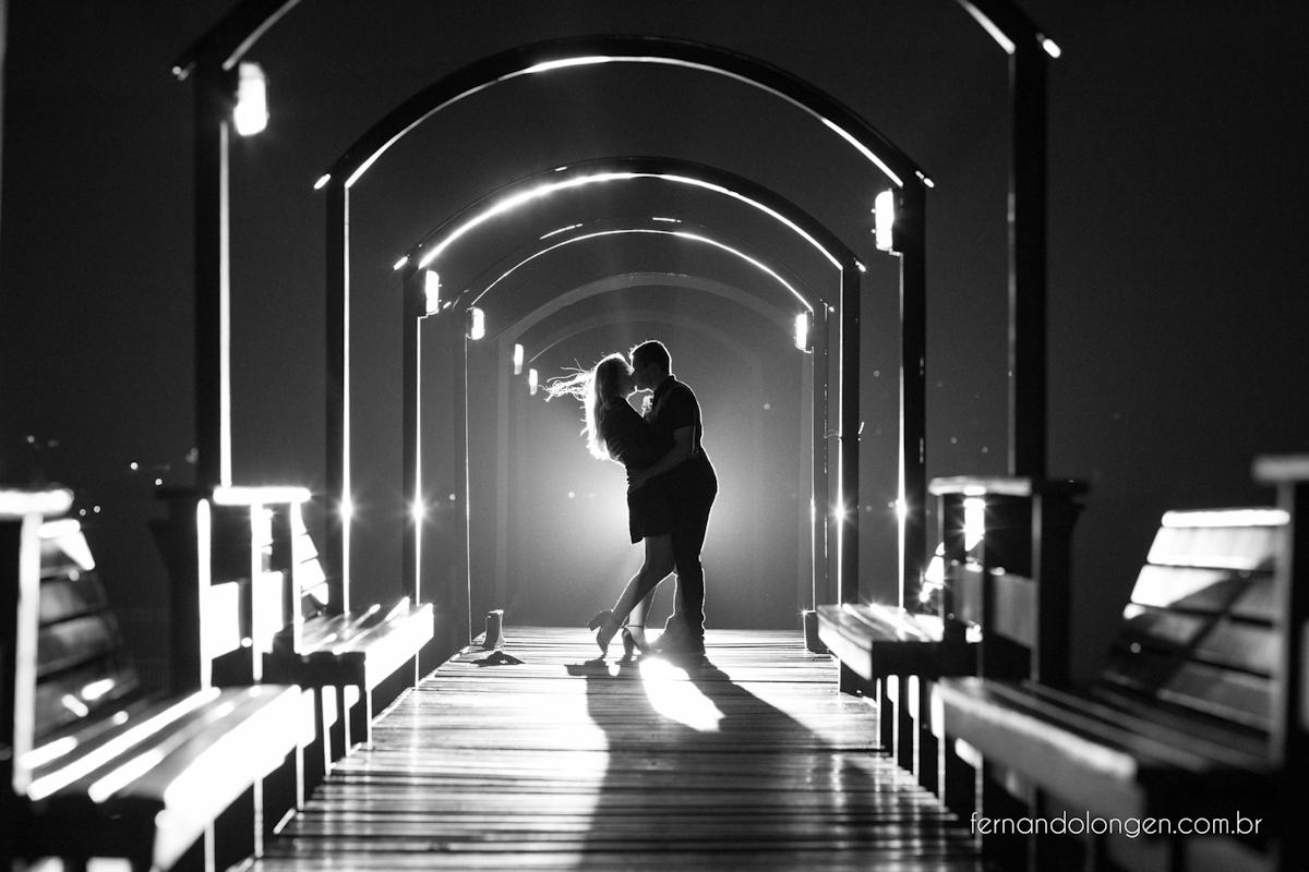ensaio-pre-casamento-na-lagoa-da-conceicao-noivos-mayara-e-daniel-fotografo-fernando-longen-1