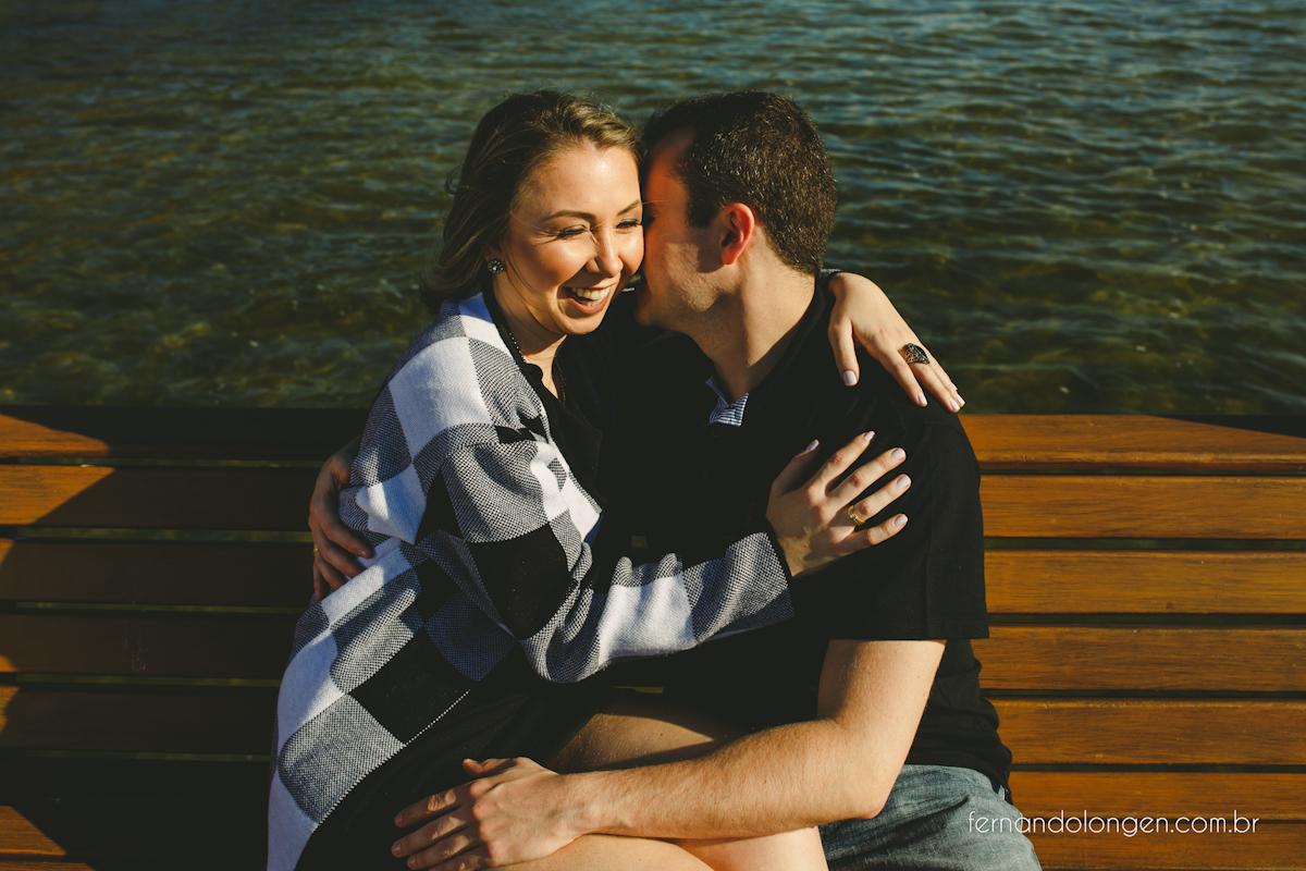 ensaio-pre-casamento-na-lagoa-da-conceicao-noivos-mayara-e-daniel-fotografo-fernando-longen-4