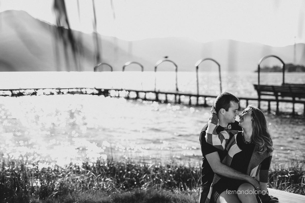 ensaio-pre-casamento-na-lagoa-da-conceicao-noivos-mayara-e-daniel-fotografo-fernando-longen-5