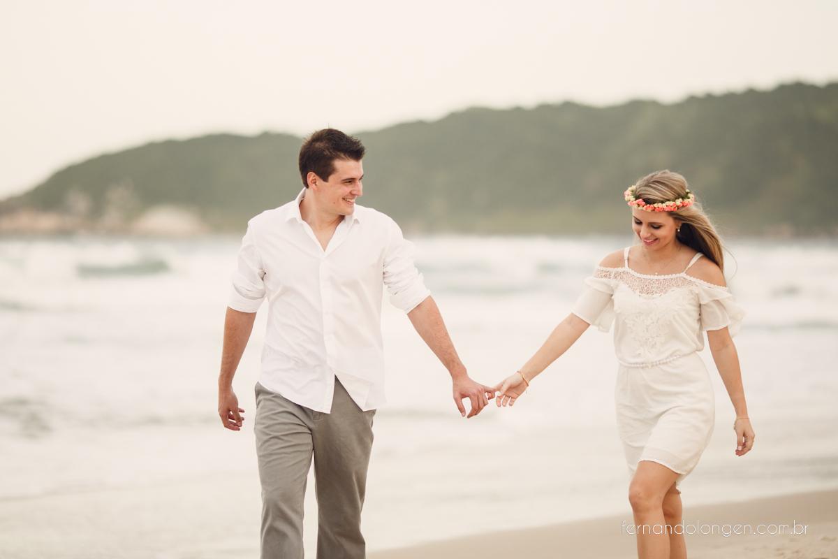 Sessão Pré Casamento na Praia do Rosa
