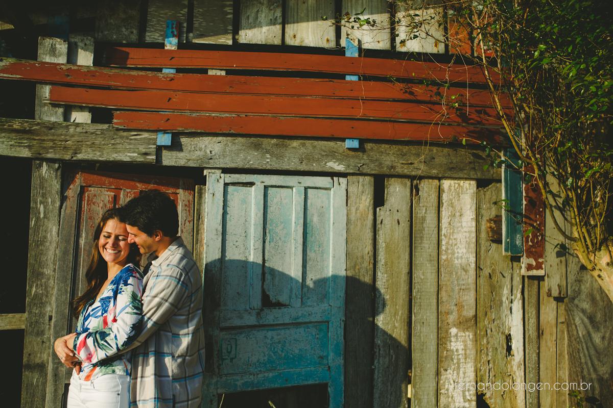 sessao-pre-casamento-na-praia-em-florianopolis-fotografo-fernando-longen-noivos-renata-e-marcio-5