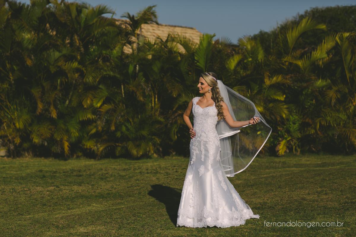casamento-na-praia-do-rosa-santa-catarina-ao-ar-livre-noivos-julia-e-mauricio-wedding-photographer-fernando-longen-14