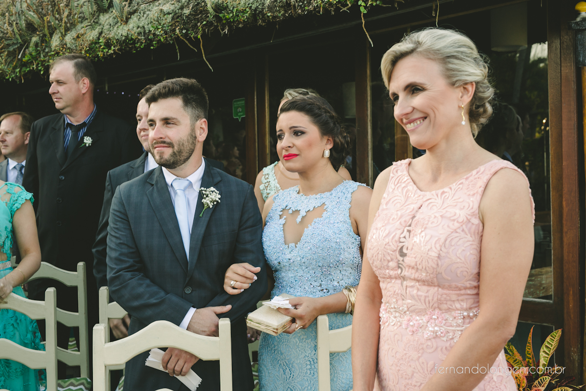 casamento-na-praia-do-rosa-santa-catarina-ao-ar-livre-noivos-julia-e-mauricio-wedding-photographer-fernando-longen-20