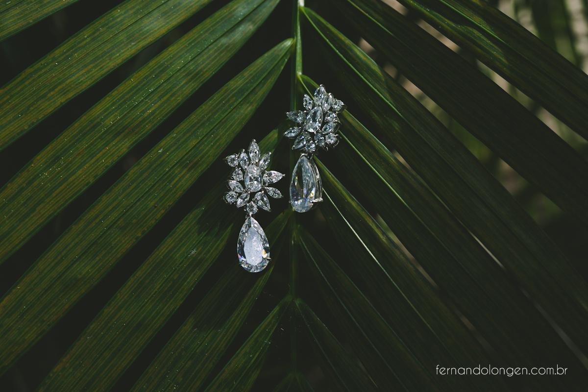 casamento-na-praia-do-rosa-santa-catarina-ao-ar-livre-noivos-julia-e-mauricio-wedding-photographer-fernando-longen-5