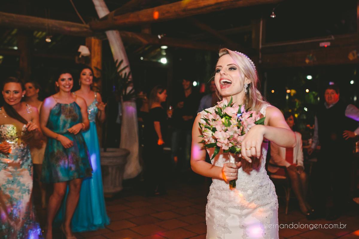 casamento-na-praia-do-rosa-santa-catarina-ao-ar-livre-noivos-julia-e-mauricio-wedding-photographer-fernando-longen-54