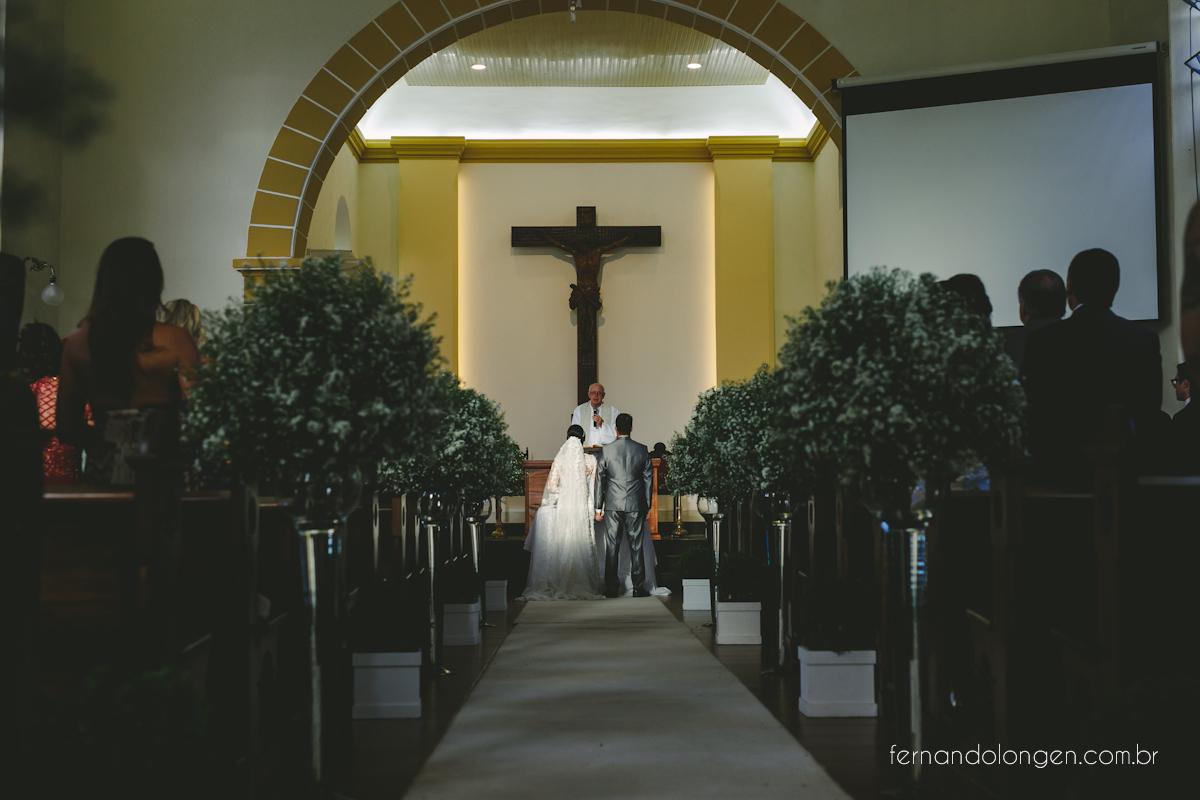 casamento-igreja-santo-antonio-florianopolis-quinta-da-bica-d-agua-noivos-juliana-e-roberto-15