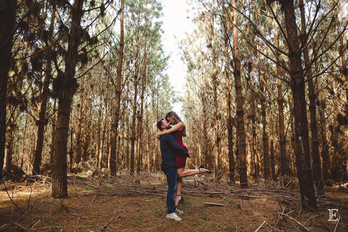 Sessão Pre Casamento na Floresta e no Campo - Ensaio Noivos - Fotografo em Santa Catarina - Fernando Longen Fotografo de Casamento - Eleuza e João